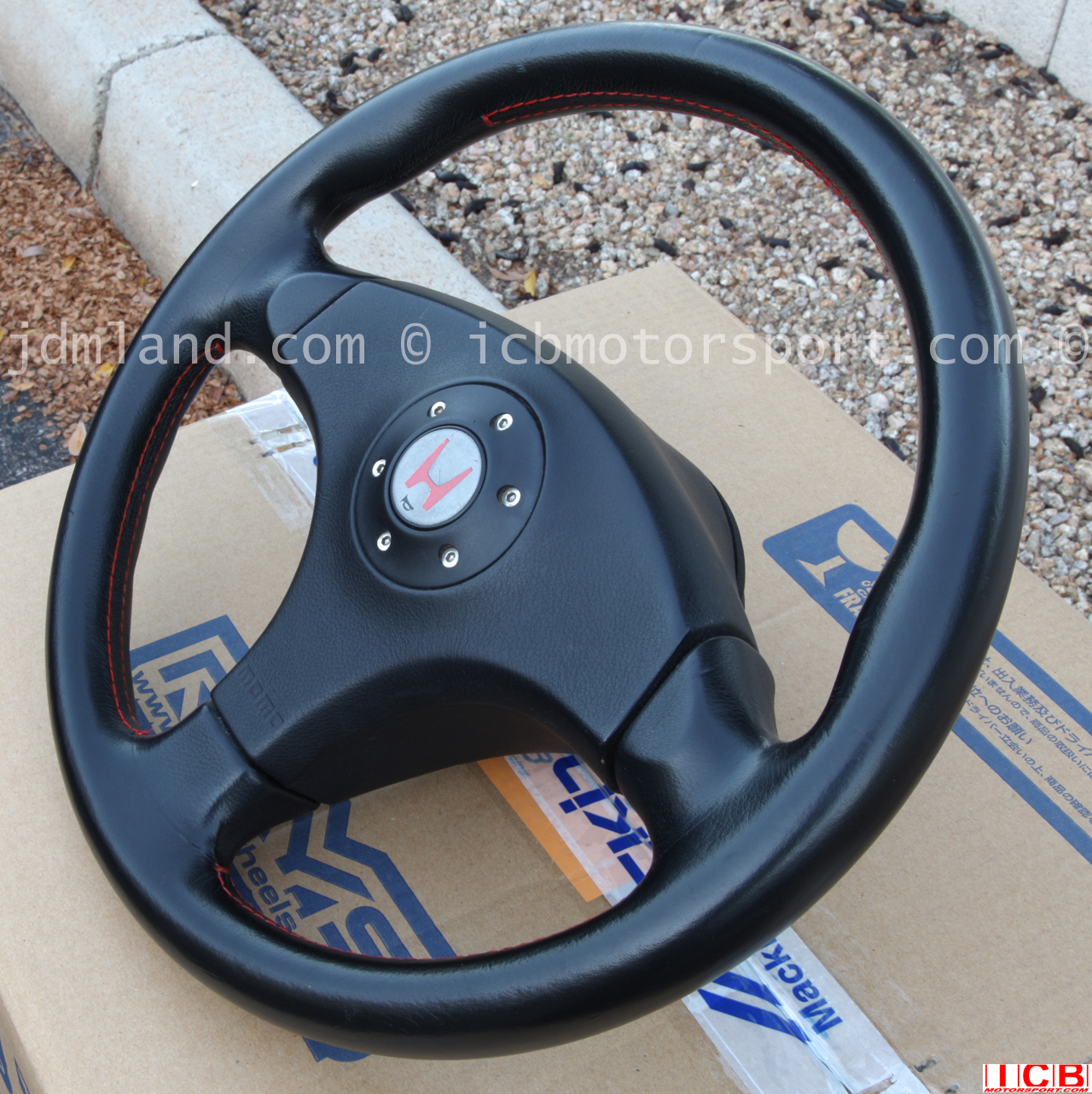 used jdm integra dc2 type r 96 spec steering wheel non srs. Black Bedroom Furniture Sets. Home Design Ideas