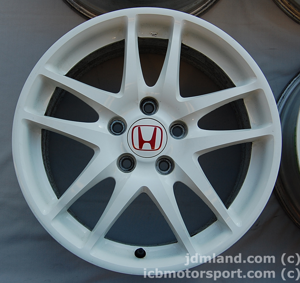 Used Integra DC5 ITR Type R Champ. White Wheels 17X7 +60